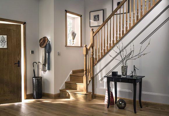 Pin Top Staircase Main Image