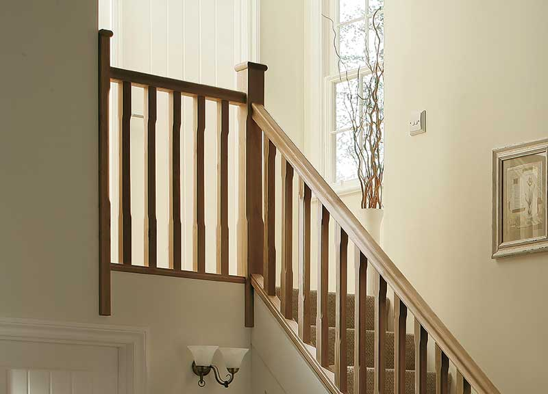 Supportive image to help with the Oak Stop Chamfered Newel 91mm x 1500mm  FSC