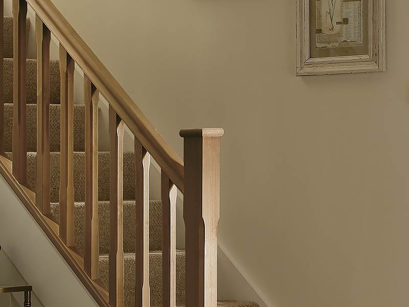 Supportive image to help with the Oak Low Newel Cap Half
