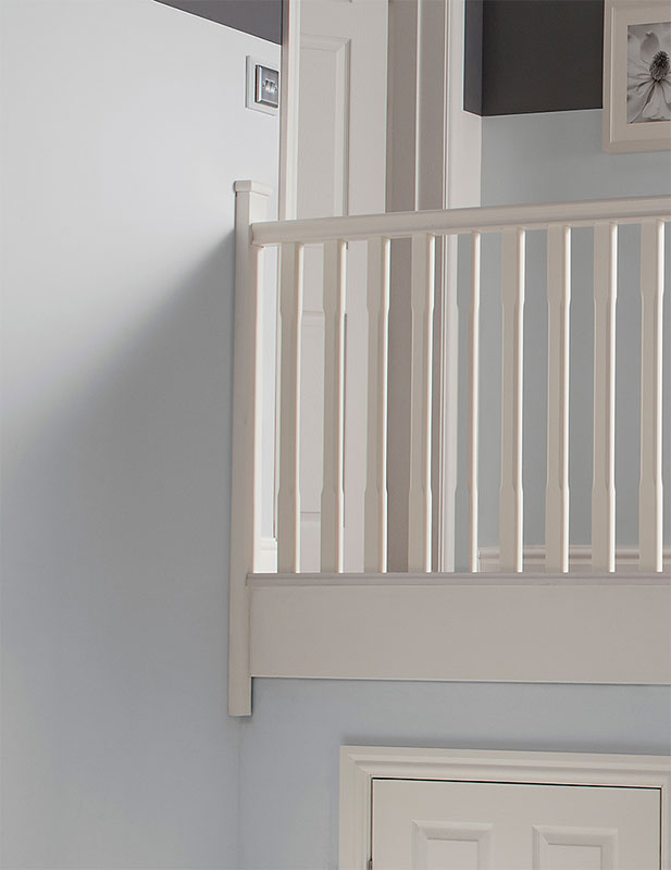 Supportive image to help with the Half  White Primed Stop Chamfered Newel 91 x 41 x 1500